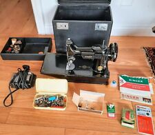 Working Singer Sewing Machine 221 Featherweight Cat 3-110 W/Case, Accessories