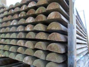 Mezzi pali in legno di pino impregnati in autoclave torniti per recinzioni