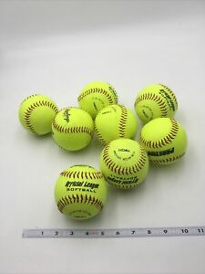 """8 RAWLINGS """"OFFICIAL LEAGUE"""" YELLOW SOFTBALLS (used) Slow/Fast Pitch, Practice"""