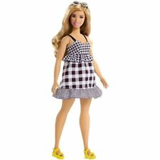 Barbie Fashionistas Doll # 96 Check Me Out Curvy Body New
