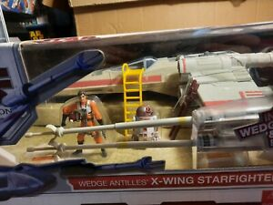 Star Wars - Legacy Collection - Wedge Antilles X-Wing Fighter Red two