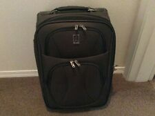 Travelpro carry on two wheel 20 inch expendablewheelboard
