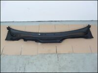 VOLVO S40 , V50 SCUTTLE PANEL WINDSCREEN WIPER TRIM COVER 2004-2007