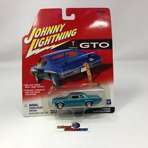 #7063  1964 Hardtop * Johnny Lightning Pontiac GTO * S13