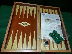 A Superb Large Vintage Wooden Cased Backgammon Board/Set - Complete