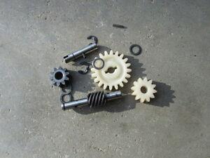 .1974 kawasaki ks125 - meter drive tachometer parts