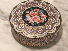 """Vintage Daher 8 1/4"""" Embossed Floral Round Tin Long Island Ny Made in England"""