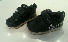 Nike Schuhe Größe 21 dunkelblau