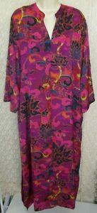 Natori Large L long zip front Robe Caftan/Muu Lounger Lotus Fuchsia/Purple Multi