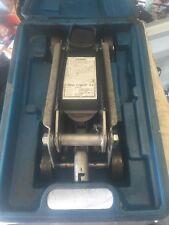 Hydraulic Trolley Jack TT613 4000 Pound Capacity