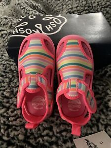 OSHKOSH B'GOSH GIRLS AQUATIC WATER SHOE SIZE:6 TODDLER Pink/Multicolor Stripes