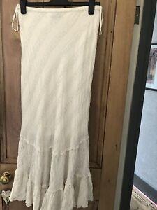 100 Percent Cotton Cream Nomads Medium Skirt  Full Length Elastic Waist
