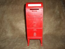 Canada Post Red Round Top Classic Mail Box Plastic Coin Savings Piggy Bank