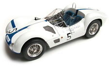 CMC m047 Maserati Jaula Tipo 61 coche Modelo No. 5 Ganador Nurburgring 1960 1:18 Th