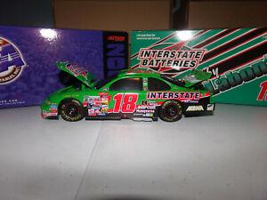 1/24 BOBBY LABONTE #18 INTERSTATE BATTERIES BWB  2000 ACTION NASCAR DIECAST