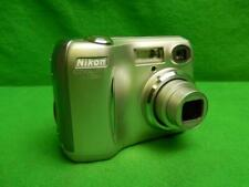 Nikon COOLPIX 4100 4.0MP Digital Camera - Silver Tested and Working