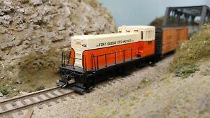 Bachmann HO, Fort Dodge, Des Moines & Southern GE 70-ton Diesel #406,Custom Pntd