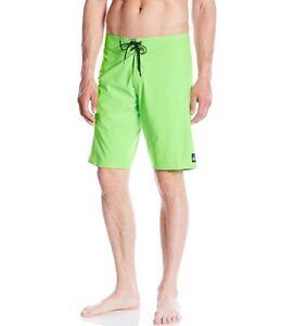 Quiksilver Men's Everyday Kaimana 21 Boardshort Surf Green Gecko Size 32