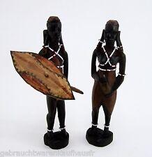 Zwei schöne alte afrikanische Holzfiguren Mann und Frau