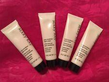 Mary Kay Extra Emollient Night Cream Probe bei schuppig trockene Haut