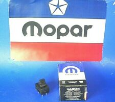 NEW OEM MOPAR  98-03 Ram 3500 1500 2500 B VAN DOOR WINDOW POWER RIGHT SWITCH