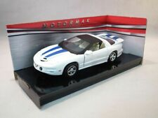 Pontiac Firebird, White, with, Blue, Stripes, Classic Metal Model Car, Motormax