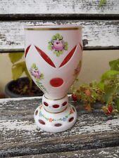 Ancien Vase sur piédouche cristal Overlay décor peint de fleurs intérieur rose