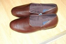 """Clarks """"Kings Ross"""" Mens brown real leather slippers 10.5 G"""