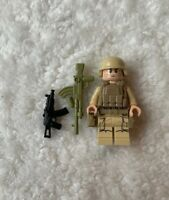 Lot W54D 2 Lego Military Army Minifigure Weapon M4