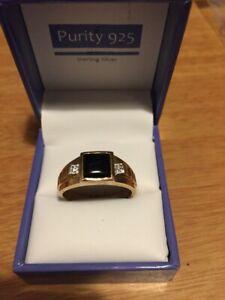 Men's Gold on Sterling Silver 925 Marked Black Onyx and CZ Shoulder Signet Ring