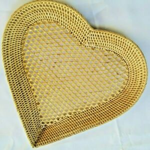 Vintage Heart Shaped Wicker Rattan Woven Basket Display Storage Nature HomeDecro