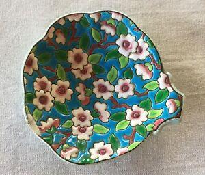 ancien vide poche coupe coupelle cendrier en émaux de Longwy décor fleurs