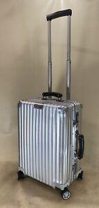 Rimowa Classic Flight Aluminum 97153004 Multiwheel Cabin Suitcase 35L Carry On