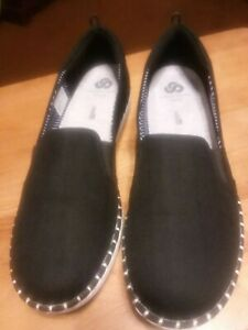 Womens Cloudsteppers Step Glow Slip Black Canvas by Clarks Size 9.5 - New