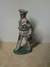 VINTAGE MANOIL BARCLAY LEAD TOY SOLDIER MILITARY DOCTOR HOLDING RED BAG?