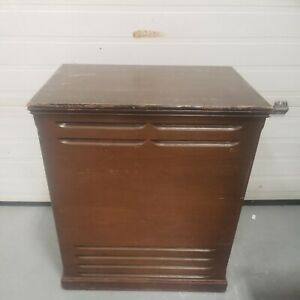 LESLIE 145 EMPTY WOOD CABINET SHIPPED OR PICK-UP FROM CHAMPLAIN,NY #517