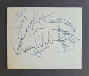 Yvan Cournoyer & Larry Robinson signed 1970's Montreal Canadiens Cut Signature