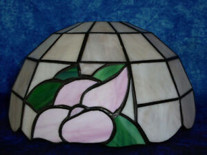 Art Nouveau Tiffany style Lamp / Ceiling Light Shade - Light pink glass flowers