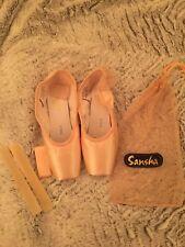 Brand new Sansha Recital Pointe Shoes