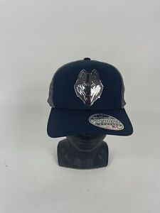 NEW Connecticut UConn Huskies Shimmer Chrome Logo Blue Zephyr Stretch Cap M/L