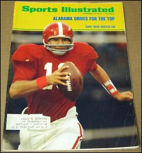 11/20/1972 Sports Illustrated Terry Davis Alabama Crimson Tide Buffalo Sabres