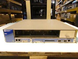 Juniper Networks M7iBASE-AC-2FE w/ RE-400 and C-FEB Single AC Supply M7i Router