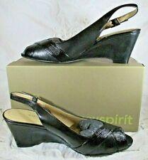 Easy Spirit Size 9.5M Women's Laskat Black Wedge Platform Ankle Strap Shoes