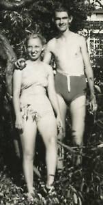 VINTAGE SWIMSUIT EARLY BIKINI COUPLE PHOTO BATHING SUIT FASHION SUN FUN SKIN BUN