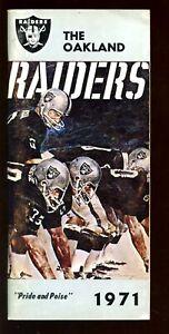 1971 NFL Football Oakland Raiders Yearbook / Media Guide EX+