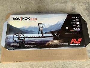 Minelab EQUINOX 800 Multi-IQ Underwater Metal Detector
