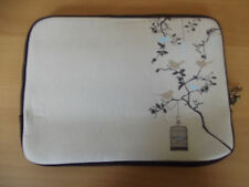 "TYPO-LAPTOP SLEEVE 10"" -GARDEN BIRD"