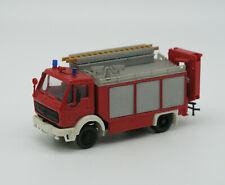 Feuerwehr-Modell: MB 1017 Rüstwagen mit Kran (Preiser) ,1:87