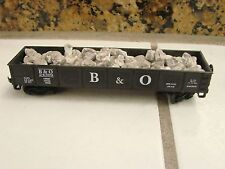 HO Scale Open Gondola B&O 24309 with large rock pieces black
