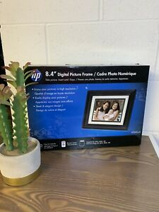 HP 8.4' LCD Digital Picture Frame With Remote- Black df840a4